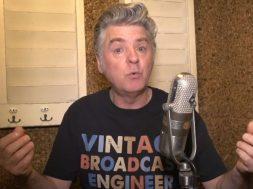 Les défauts de Chris (coach vocal)